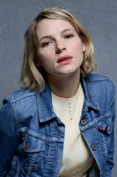 Amy Seimetz t-shirt
