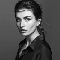 Andreea Diaconu poster