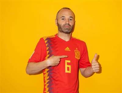 Andres Iniesta poster #3334431