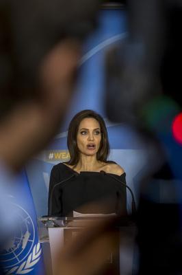 Angelina Jolie poster #3090319