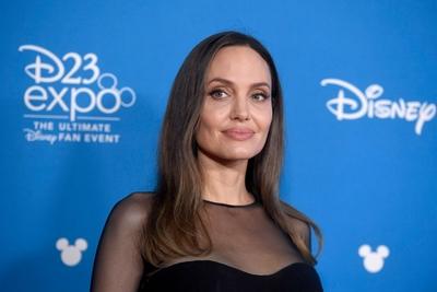 Angelina Jolie poster #3841330