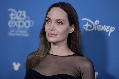 Angelina Jolie poster #3883378