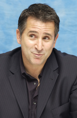 Anthony Lapaglia poster #2389679