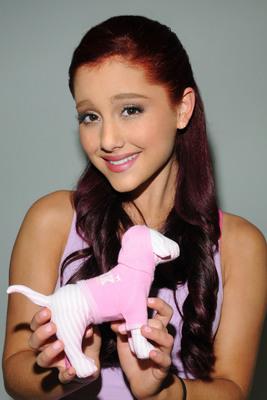 Ariana Grande poster #2006265