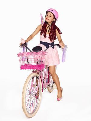 Ariana Grande poster #2368141