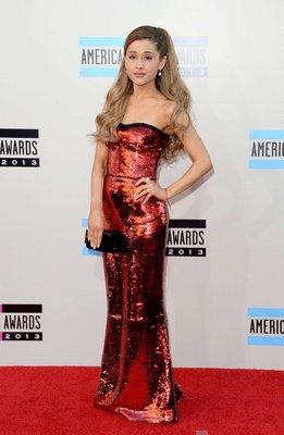 Ariana Grande poster #2368160
