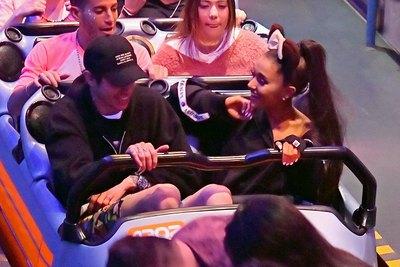 Ariana Grande poster #3268914