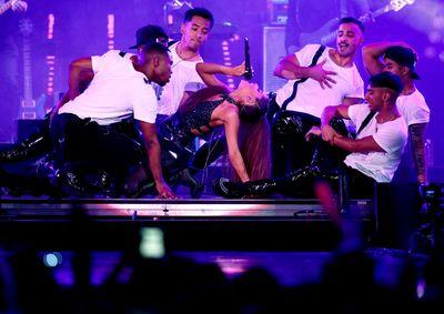 Ariana Grande poster #3310838