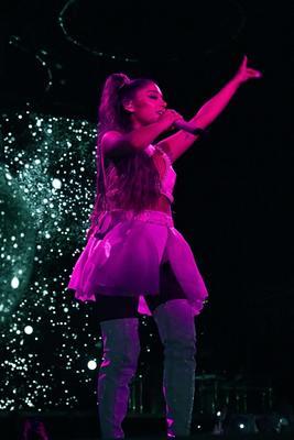 Ariana Grande mug #3842567