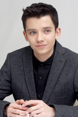 Asa Butterfield poster #2367421