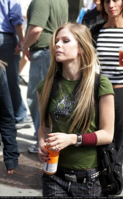 Avril Lavigne poster #1309772