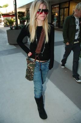 Avril Lavigne poster #1459234