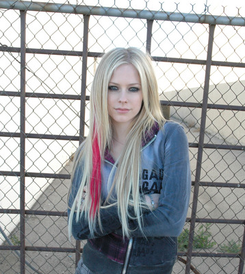 Avril Lavigne poster #2067408