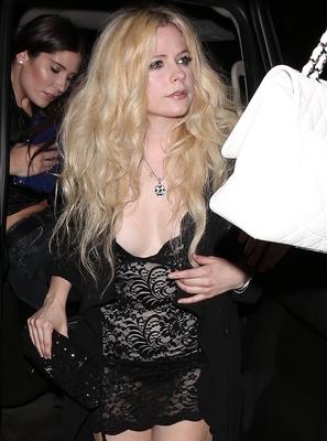 Avril Lavigne poster #2743381