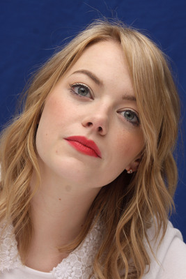 Emma Stone poster #2225095