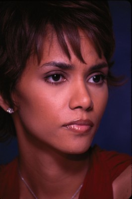 Halle Berry poster #1248800