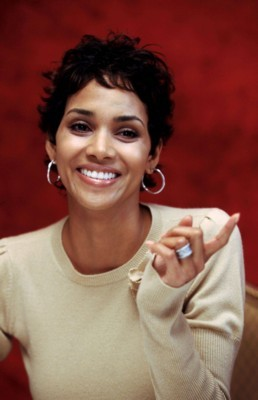 Halle Berry poster #1253148