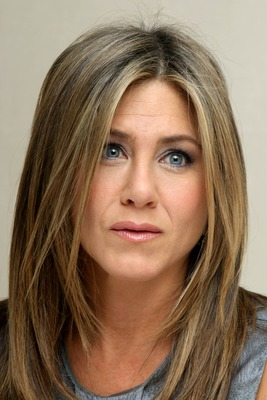 Jennifer Aniston poster #2457916