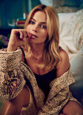 Margot Robbie poster #2516733