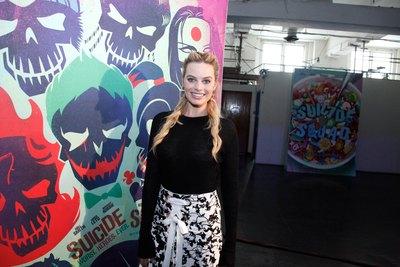 Margot Robbie poster #2613352