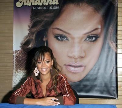 Rihanna poster #1362445