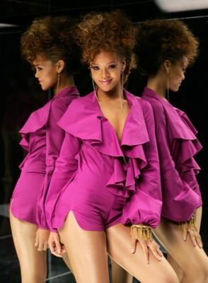 Rihanna poster #1369591