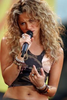 Shakira poster #1252560