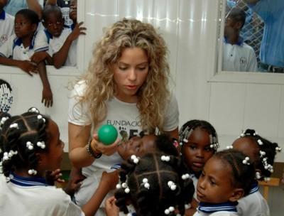 Shakira poster #1253370